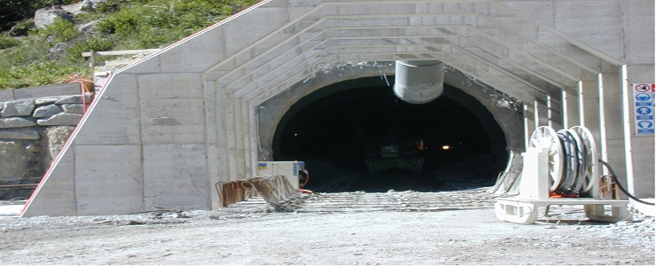 Swiss - Gotthard Base Tunnel  (Lot 553 Bodio) - Excavation in loose material